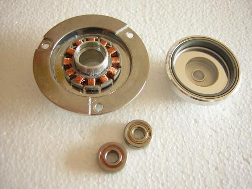 rozobratý motor