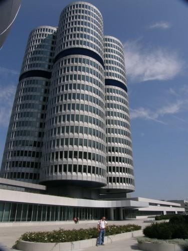 Budova vedenia automobilky v Mníchove