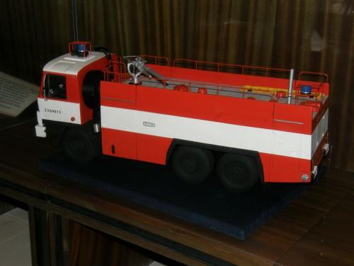 Moderná Tatra 815 cisterna